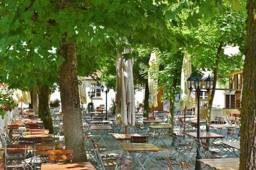Munich Beer Garden by Bike along River Isar